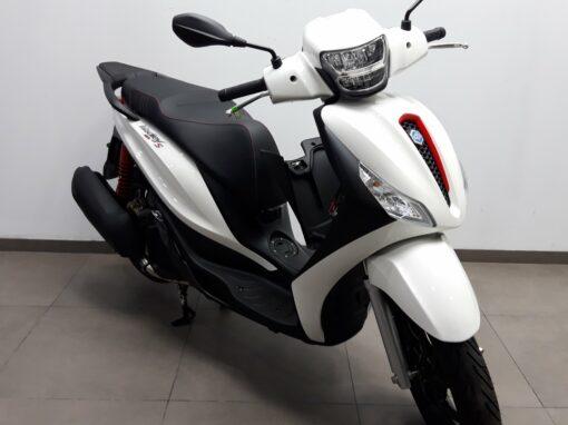 Piaggio Medley 125 Sport ABS USB E4 - Chollomotos.com